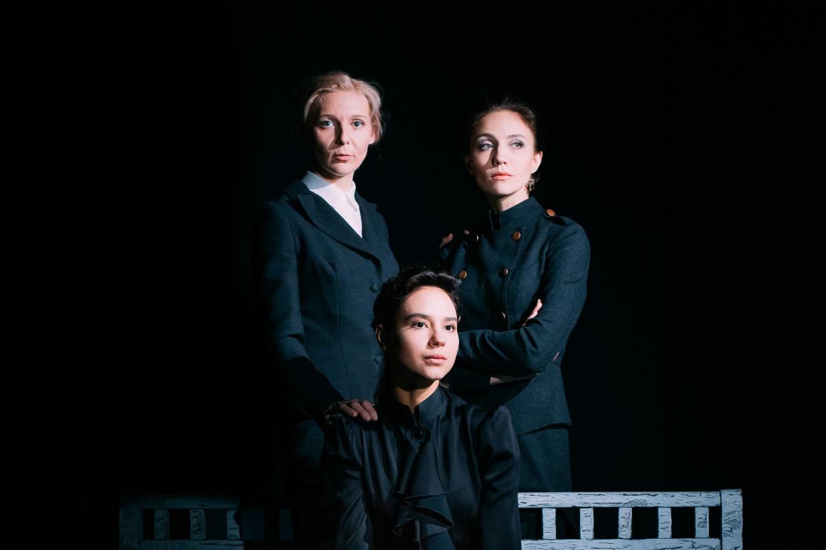 trois-soeurs_kouliabine_frol-podlesny